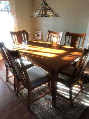 Real wood table with 6 chairs and 2 extension leaves for Sale in Glendora, CA
