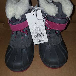Size 9 Snow Boots Price Firm for Sale in Corona, CA
