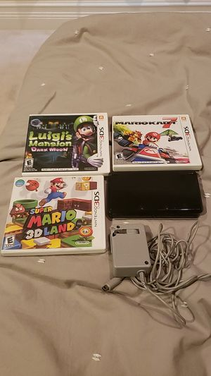 3ds with mario kart Luigi's mansion super mario 3d charger for Sale in Fort Lauderdale, FL