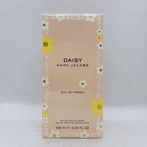 Daisy Eau So Fresh By Marc Jacobs 4.25 oz for Sale in Doral, FL