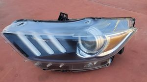 2015 2016 2017 2018 FORD MUSTANG XENON HID HEADLIGHT OEM LEFT SIDE DRIVER for Sale in Redondo Beach, CA