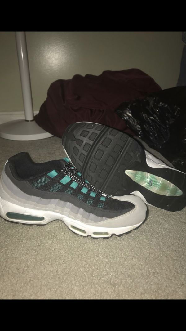 Nike air max 95, polo shirt and polo sweater