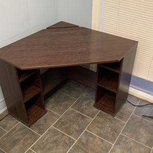 Corner Desk Plus Chair for Sale in North Tustin, CA