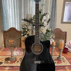 black fever acoustic guitar with metal strings for Sale in Bell Gardens, CA