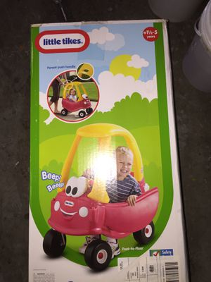 Little tikes coupe car fully assembled in good condition kids toys baby push car vehicle accessories jewelry holder organizer makeup clothes shoes pu for Sale in Tampa, FL