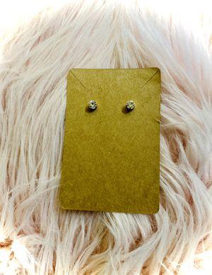 Small Diamond look stud earrings for Sale in Bonney Lake, WA