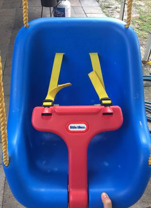 little tikes swing in excellent conditions for Sale in Gibsonton, FL