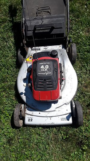 Lawn mower for Sale in North Belle Vernon, PA