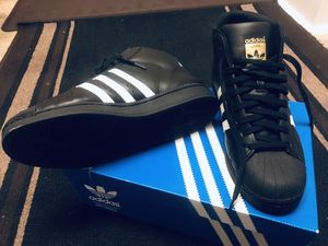 Adidas ankle length (Size 11). for Sale in Bladensburg, MD