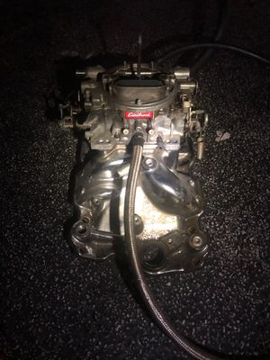 Sbc intake manifold and Edelbrock carburetor for Sale in Pembroke Park, FL