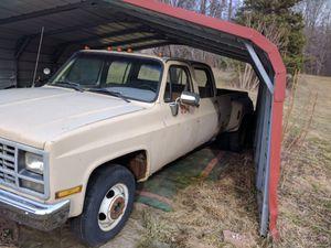 1990 Chevy Silverado R3500 Quad Cab Dually (Gas) for Sale in Akron, OH