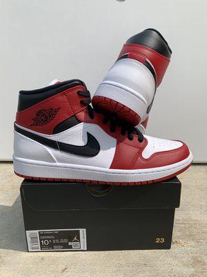 (Size 10.5) Air Jordan 1 Mid Chicago White Heel for Sale in Orange, CA