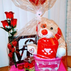 Hand Crafted Valentine's Gift Basket for Sale in Hollywood, FL