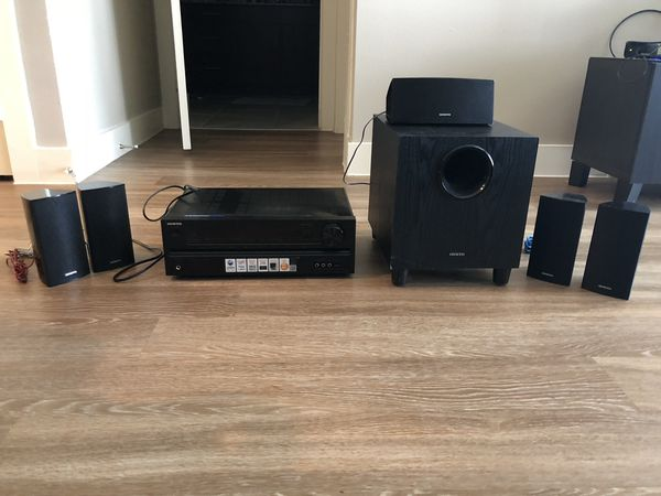 Onkyo HT-S3500 5.1 Channel home theatre speaker/receiver package