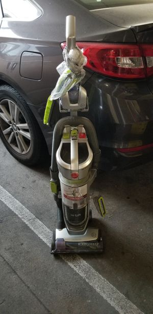 HOOVER AIR LIFT BAGLESS VACUUM CLEANER for Sale in Gardena, CA