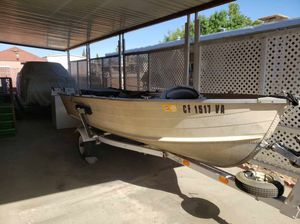 14ft Starcraft fishing boat for Sale in Tulare, CA