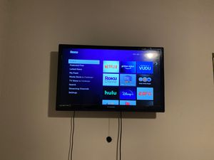 32 inch tv for Sale in Dallas, TX