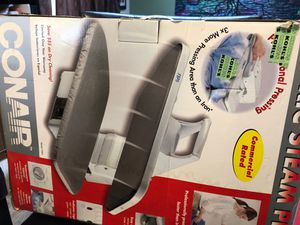 CONAIR White Table Top Steam Press Laundry Style Press Iron FSP5 for Sale in Elgin, IL