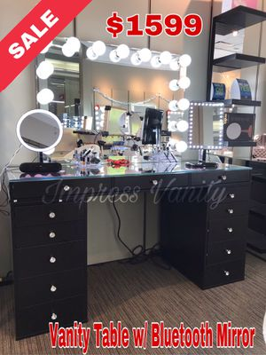 Impressions Vanity Table with Bluetooth Mirror for Sale in Tulare, CA