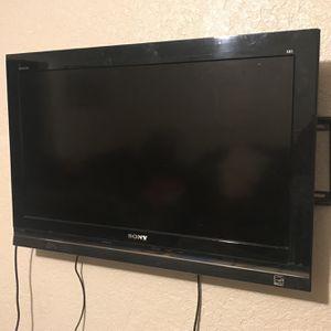 32 Inch Sony Tv for Sale in Fresno, CA