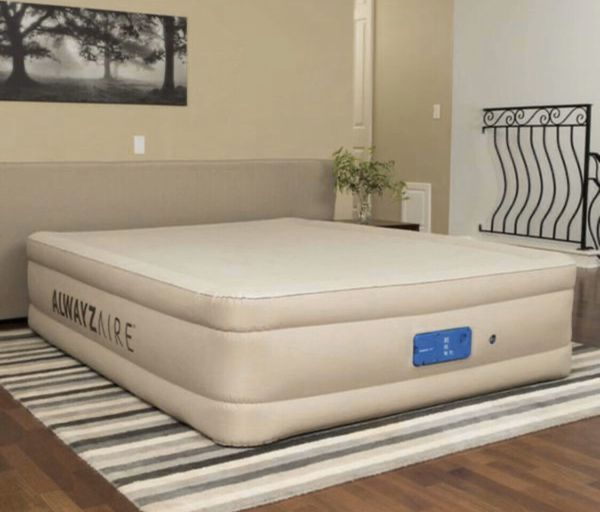 """17"""" Queen Air Bed Inflatable Mattress Built In Pump Outdoor Camping Gear with Travel Bag NEW"""