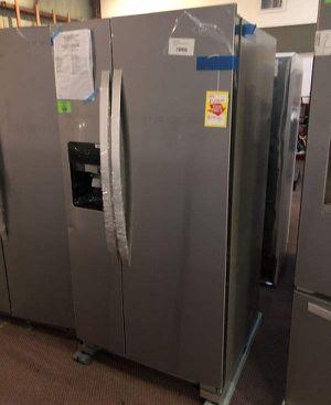 Whirlpool Refrigerator 🙈✔️⚡️🍂⏰🔥😀🙈✔️⚡️🍂⏰🔥😀🙈✔️⚡️⏰ Appliance Liquidation!!!!!!!!!!!!!!!!!!!!!!!! for Sale in Buda, TX
