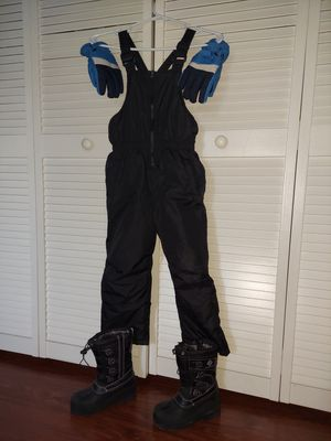 Kids Snow Suit/Bib/Jumper/Gloves/Snow Boots for Sale in Tampa, FL