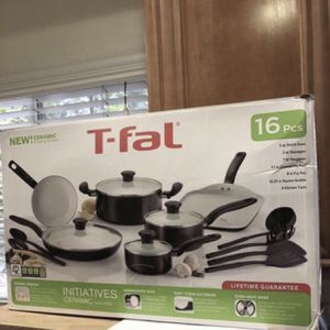 "T-Fal Ceramic Cookware Set 16pc-""New"" for Sale in Los Angeles, CA"