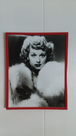 Lucille Ball 8 x 10 photo in metal and glass hanging frame for Sale in Garden Grove, CA