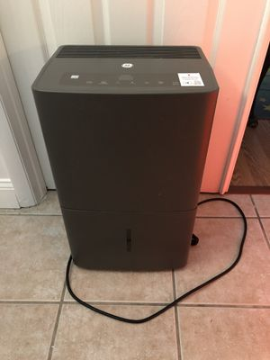 GE 70pt Dehumidifier with Built In Pump-ENERGY-STAR for Sale in Tamarac, FL