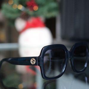Gucci Sunglasses for Sale in Santa Ana, CA