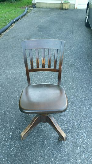 1950 Chair Wood Swivel Adjustable Antique Milwaukee Victory Chair Cherry Wood for Sale in Lake Shore, MD