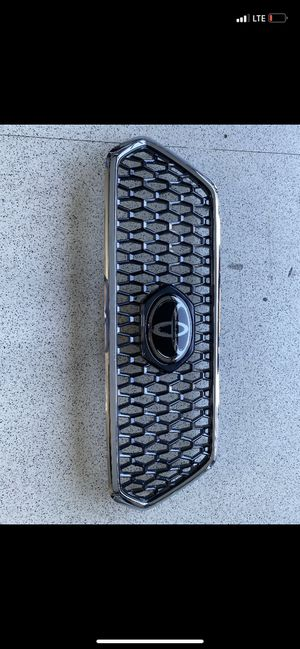 OEM Toyota Tacoma grille BRAND NEW for Sale in San Leandro, CA