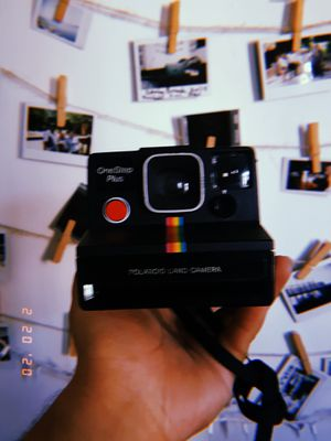 Polaroid sx 70 camera for Sale in Los Angeles, CA