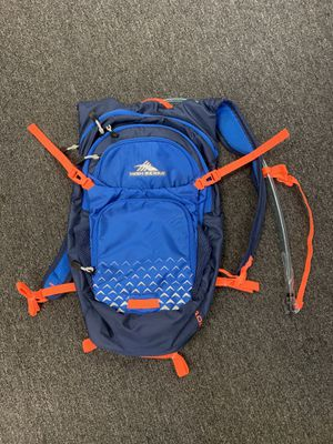 High Sierra Hydration Backpack 2.0 L for Sale in Rancho Cucamonga, CA