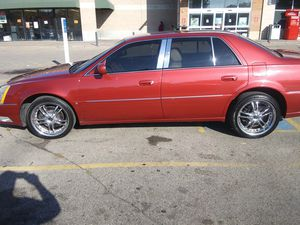 Fully loaded 2006 Cadillac DTS for Sale in Maplewood, MN