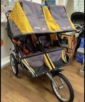 BOB IRONMAN double jogging stroller for Sale in Aliso Viejo, CA