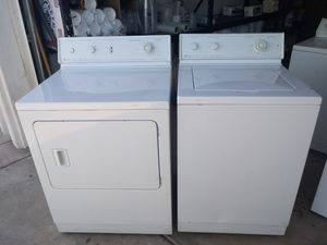 Maytag washer and dryer Electric for Sale in Phoenix, AZ