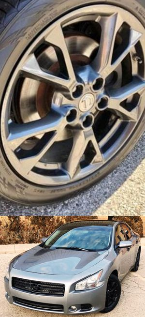 Price$1200 Nissan Maxima for Sale in Gaithersburg, MD
