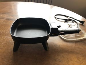 Small electric griddle for Sale in Aurora, CO