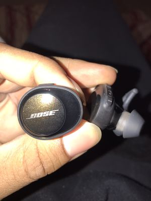 Bose Soundsport Free Wireless Headphones for Sale in Nashville, TN