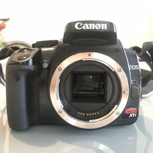 Canon rebel XTi for Sale in Denver, CO