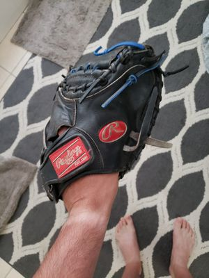 Rawlings Heart of the Hide 32.5inch Catchers glove mitt for Sale in Riverside, CA