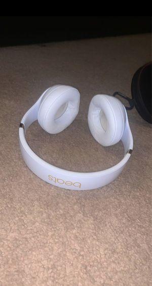 Beats wireless headphones (studio 3) for Sale in Gilbert, AZ
