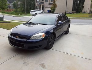 $8oo 2oo9 Chevy Impala fwd 102k miles 6cyl for Sale in South Portland, ME