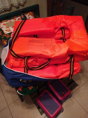 Life jackets adult for Sale in Windsor, CT