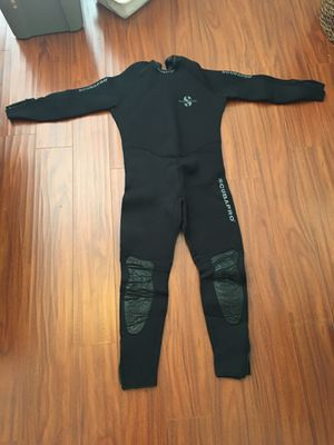 Men's wetsuit for Sale in Hollywood, FL