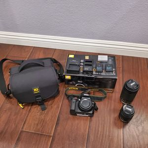 Nikon D3400 SLR Camera...like new with Box for Sale in Fullerton, CA