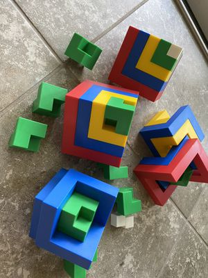Brain game cube puzzle for Sale in Fort Myers, FL