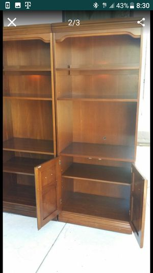 2 Book shelfs for $100 each for Sale in Mission, TX